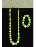 Colliers blanc vert anis