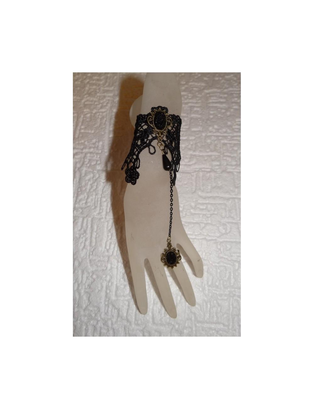 Bijoux bracelet en dentelle flamenco