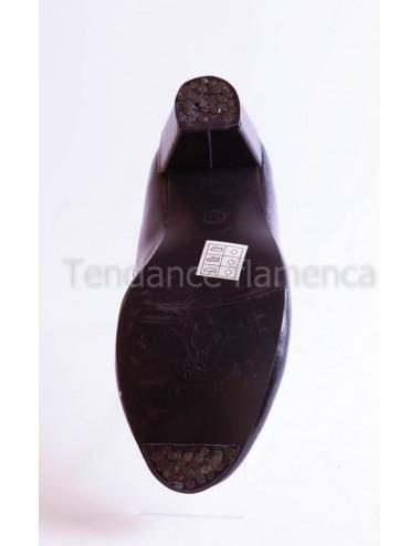 Chaussure noire à clous -3