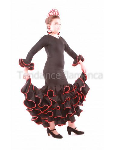 Robe Noella Bailar