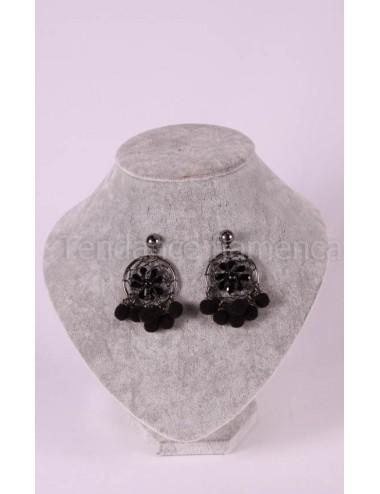 Boucles d 'oreilles pompom noir